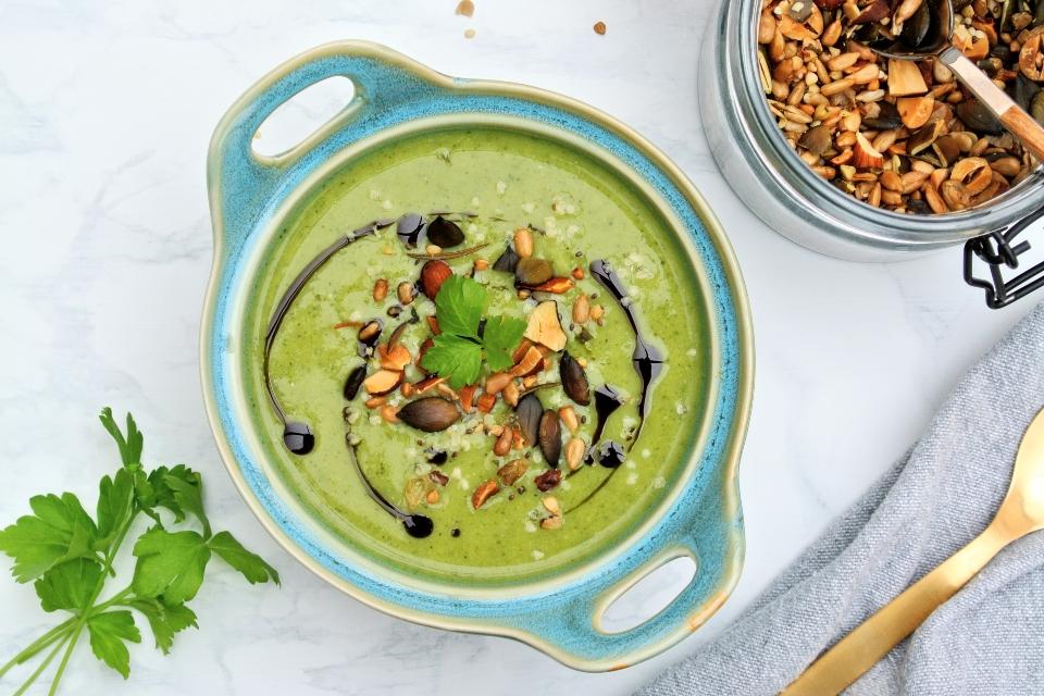 Zelená polievka plná vitamínov