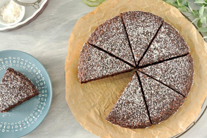 paleo cokoladovy kolac s karfiolom