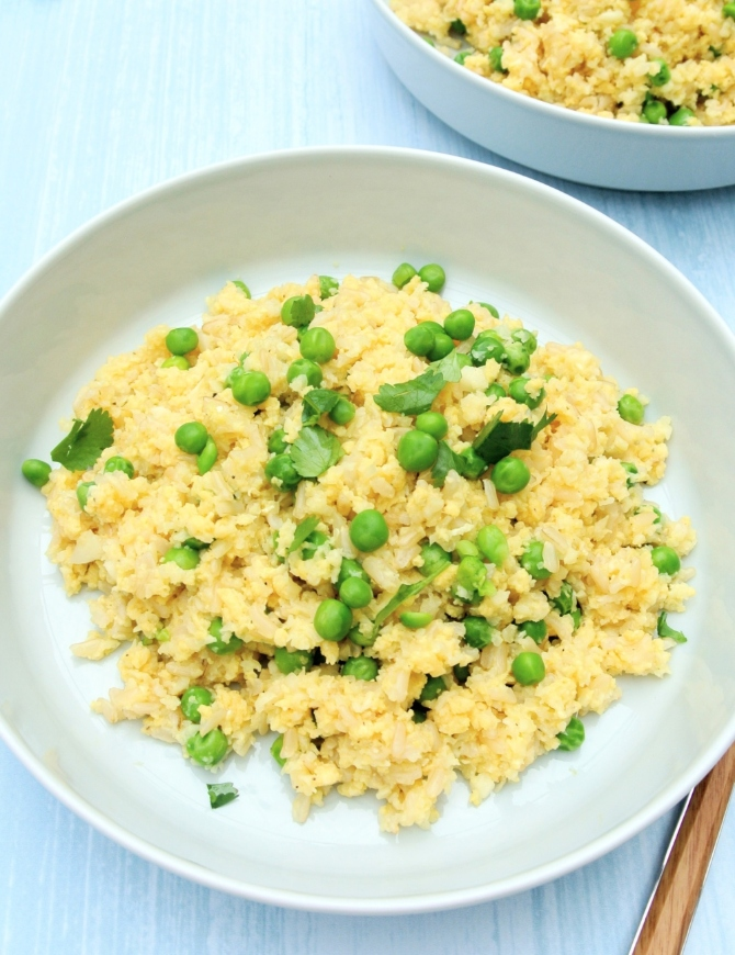 Opekaná ryža s karfiolom
