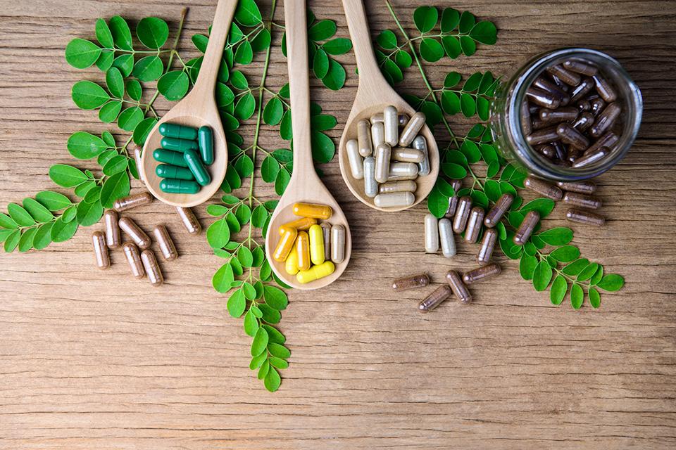 vitaminy a vyzivove doplnky