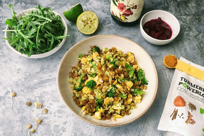 Opekaná ryža so šošovicou a kurkumou